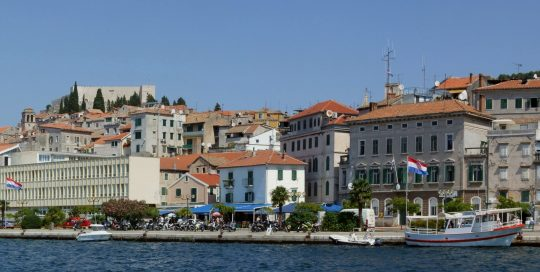 Šibenik_harbour_-_panorama