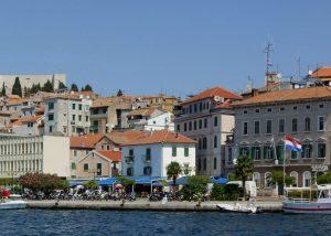 Šibenik_harbour_-_panorama